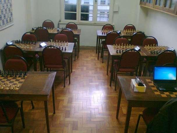 Vista das mesas de Xadrez da sala da ALEX