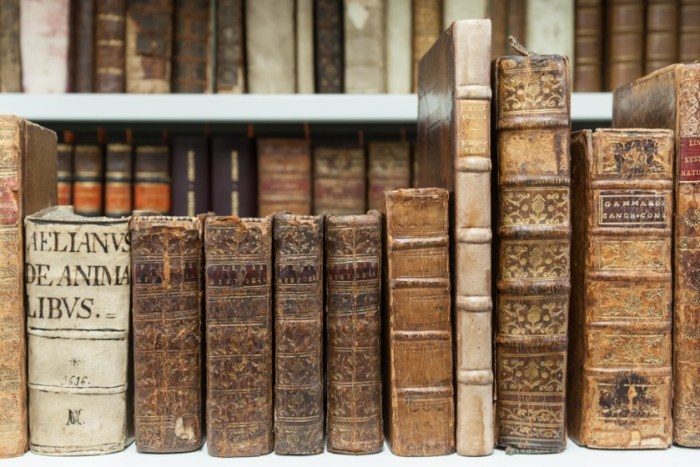 Selected rare books from the Bibliotheca Carcinologica