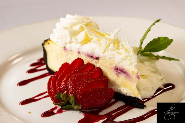 alex-grigg-five-star-foods-desserts-cheesecake