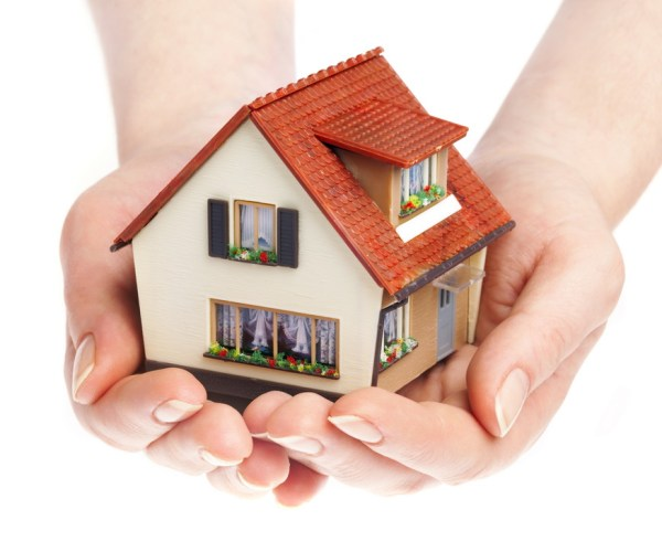Страхование ипотечного кредита (мортгиджа) от потери заработка по болезни. Банк или страховая компания? В чём разница?
