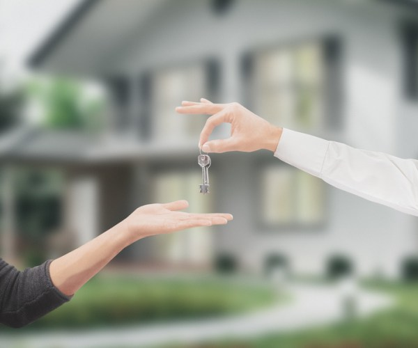 Покупаете дом? Будьте осторожны, покупая его от нерезидента