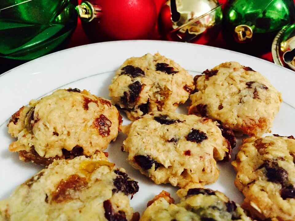 Oatmeal Ambrosia Cookies from Alexandersmom.com