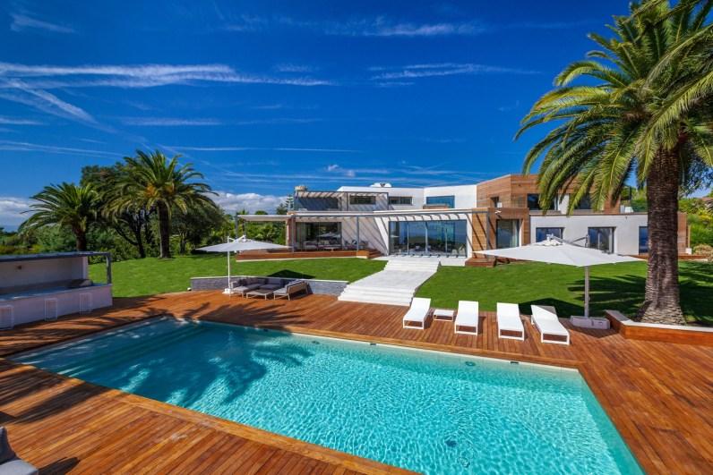 Contemporary villa Super cannes