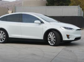 Tesla Model X price revealed, starts at $80,000
