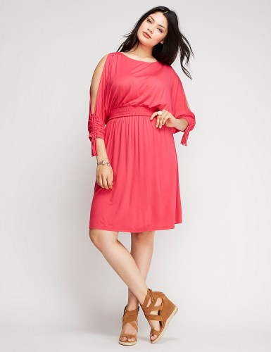 33 Plus Size Day Dresses {with Sleeves} - Plus Size Fashion - alexawebb.com