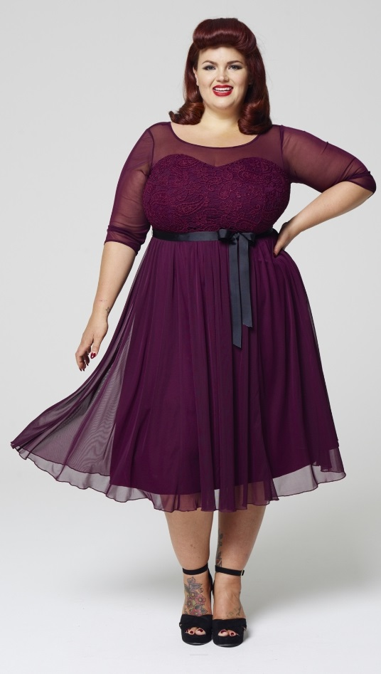 27 plus size wedding guest dresses with sleeves alexa webb for Boutique wedding guest dresses