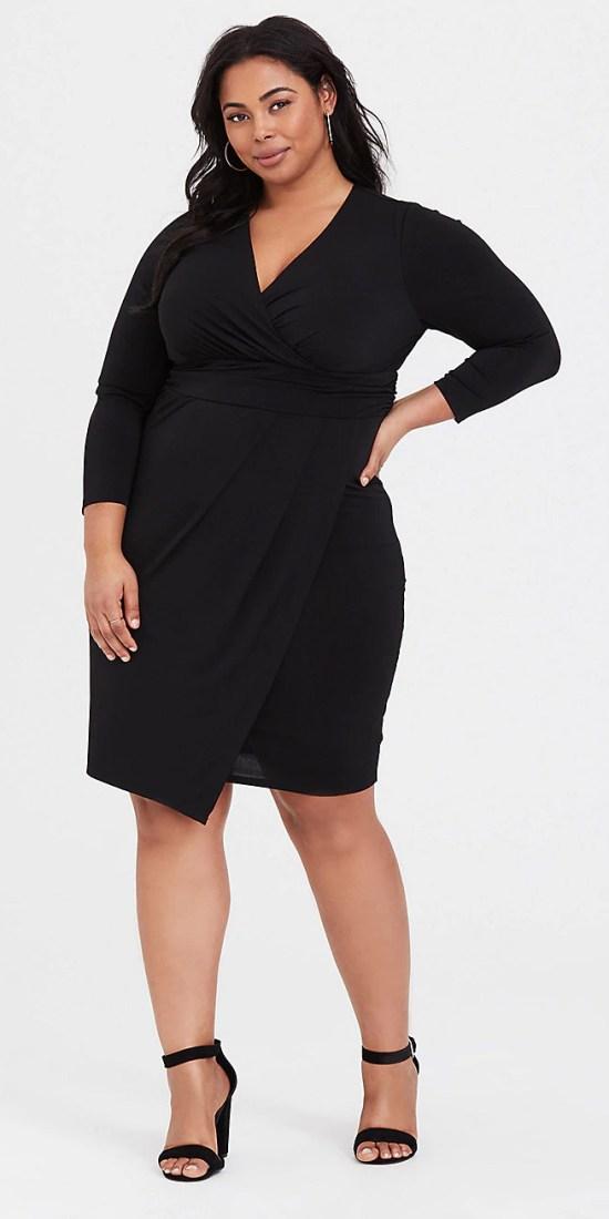 Plus Size Little Black Dress - Plus Size LBD - alexawebb.com #plussize #alexawebb