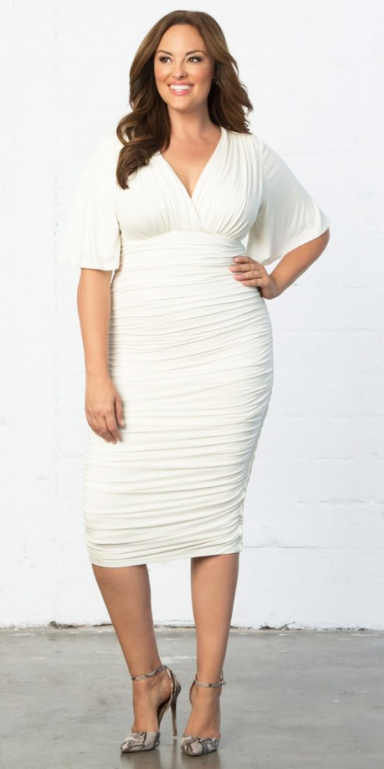 20 Plus Size Rehearsal Dinner Dresses - Plus Size White Dress for Bachelorette Party - Alexa Webb - alexawebb.com #plussize #alexawebb