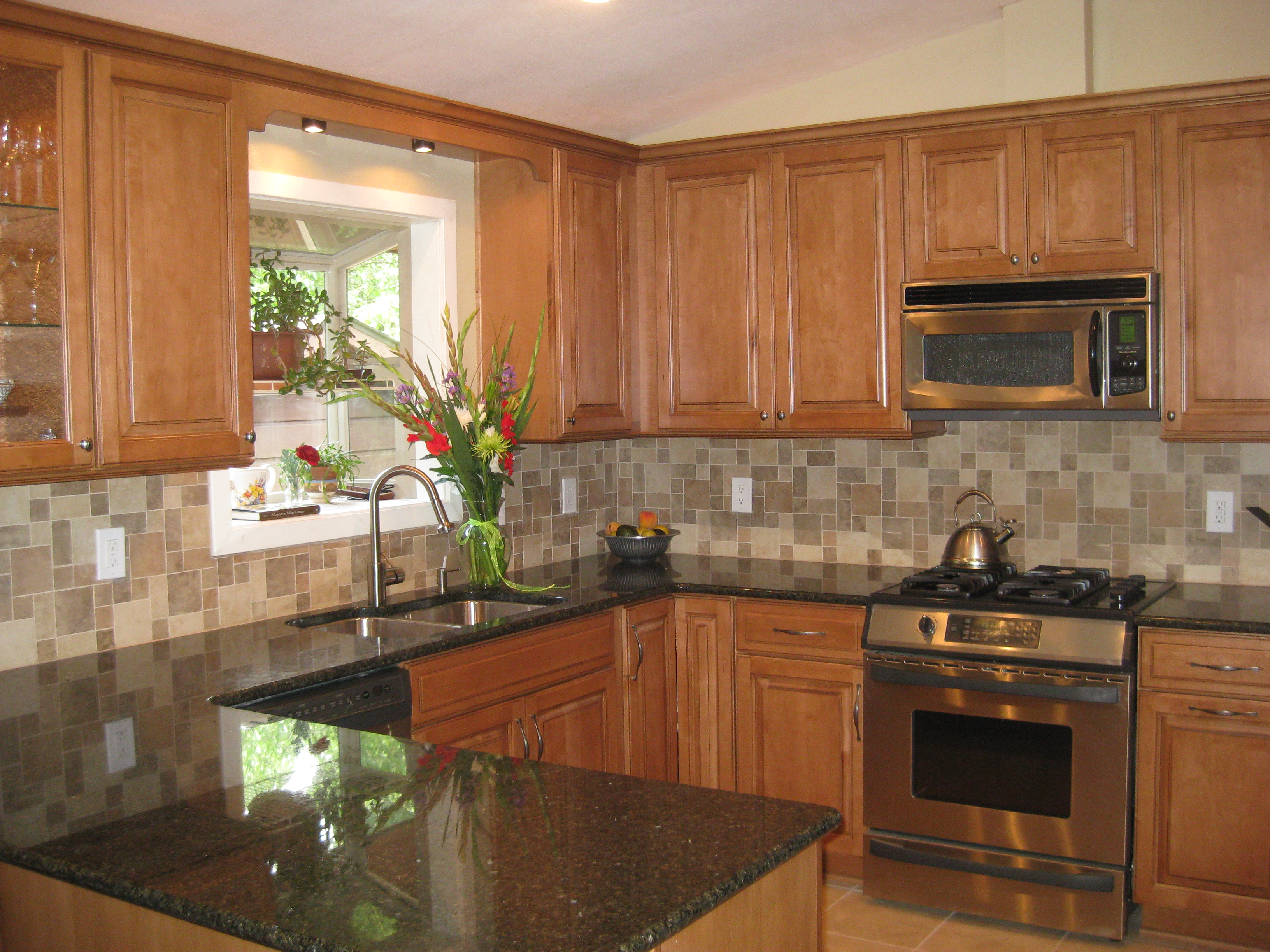2009 | Alex Freddi Construction, LLC. on Kitchen Countertops With Maple Cabinets  id=47608