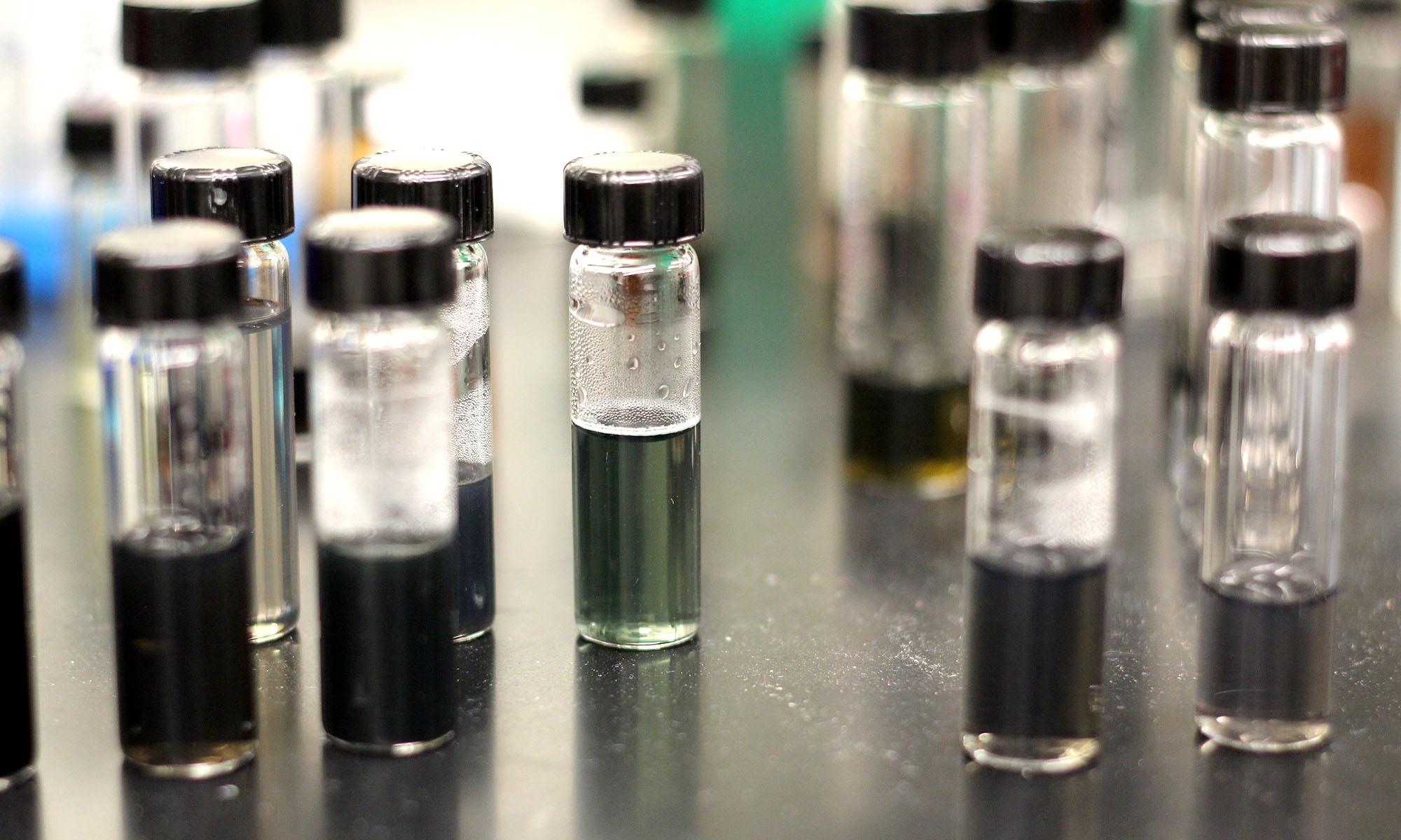 nanomaterial_vials