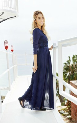 Lauren Conrad blue maxi dress with sleeves at a beach photoshoot