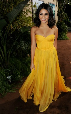Vanessa Hudgens yellow dress movie premiere