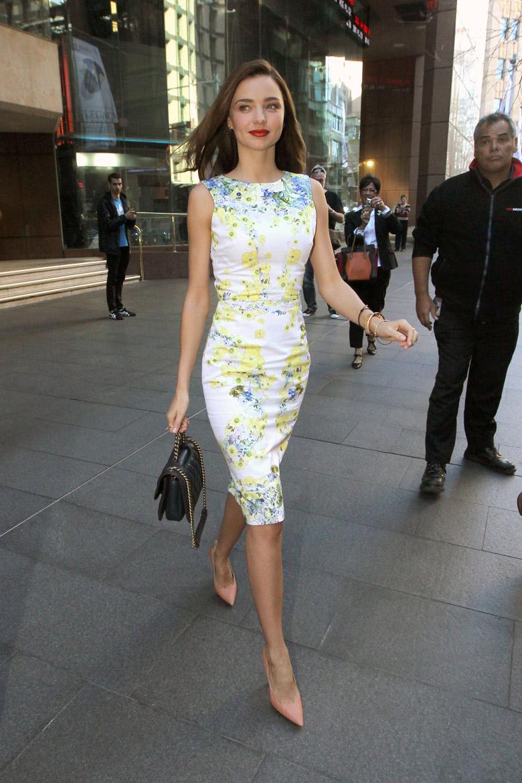 Miranda-Kerr-Cream-Print-Dress-Wedding-Guest-Dresses-Alexie