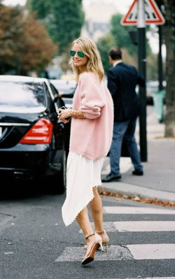Pink cashmere jumper/ sweater dressed up with white long skirt and heels - shop the look