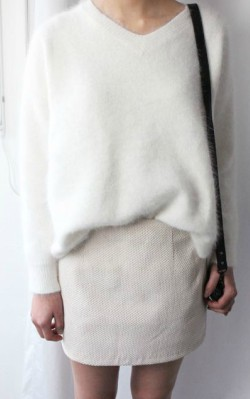 White v-neck cashmere jumper/ sweater over creme skirt - shop the look
