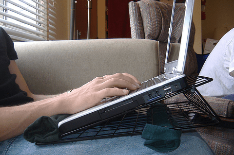 portable-laptop-stand