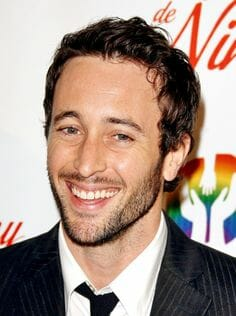 Alex oloughlin interview the talk giveaways