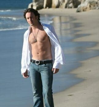 alex shirtless