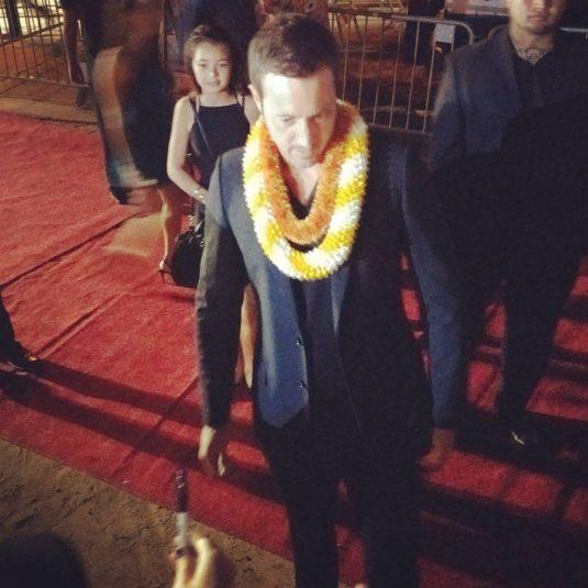 Alex O'loughlin on red carpet