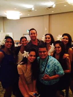 alex o'loughlin with tahitian group