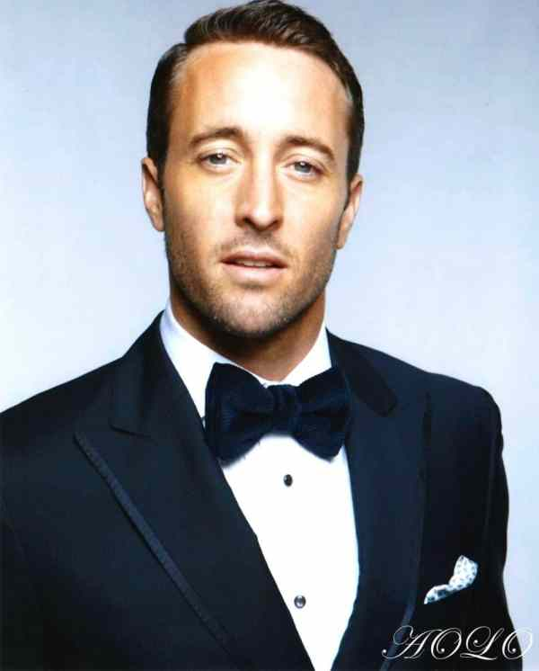 Alex O''Loughlin GQ 2011
