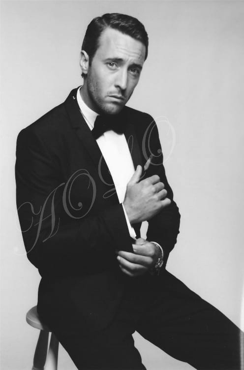 alex o'loughlin GQ 2011