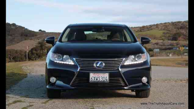 2013 Lexus ES 300h Hybrid Review and Road Test