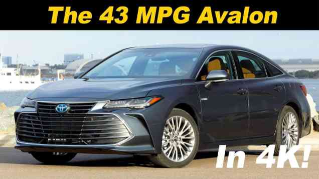 2019 Toyota Avalon Hybrid First Drive