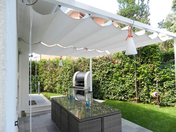 Balconi, estate, tende da sole, tende pergolato, terrazza. Pergolati In Alluminio E Tende Da Sole Alfa
