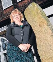 Lotste den »Dorfarzt« nach Alfen:Bettina Langer.