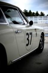Porsche no.37 of Team Ikuzawa