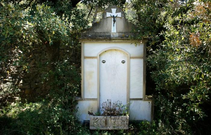 cementiri-de-cortiella-04