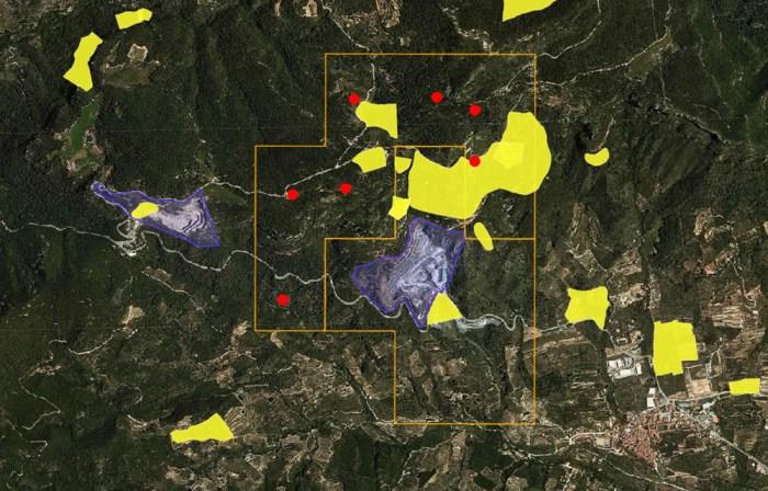 En la zona compresa dins l'àmbit del permís d'investigació representada por 7 nuevas cuadriculas consten un total de 14 jaciments arqueològics inventariats en el Patrimoni arqueològic de Catalunya.