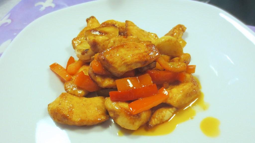 Pollo e peperoni all'uso d'oriente