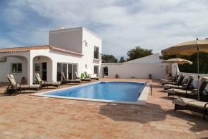 villas for rent