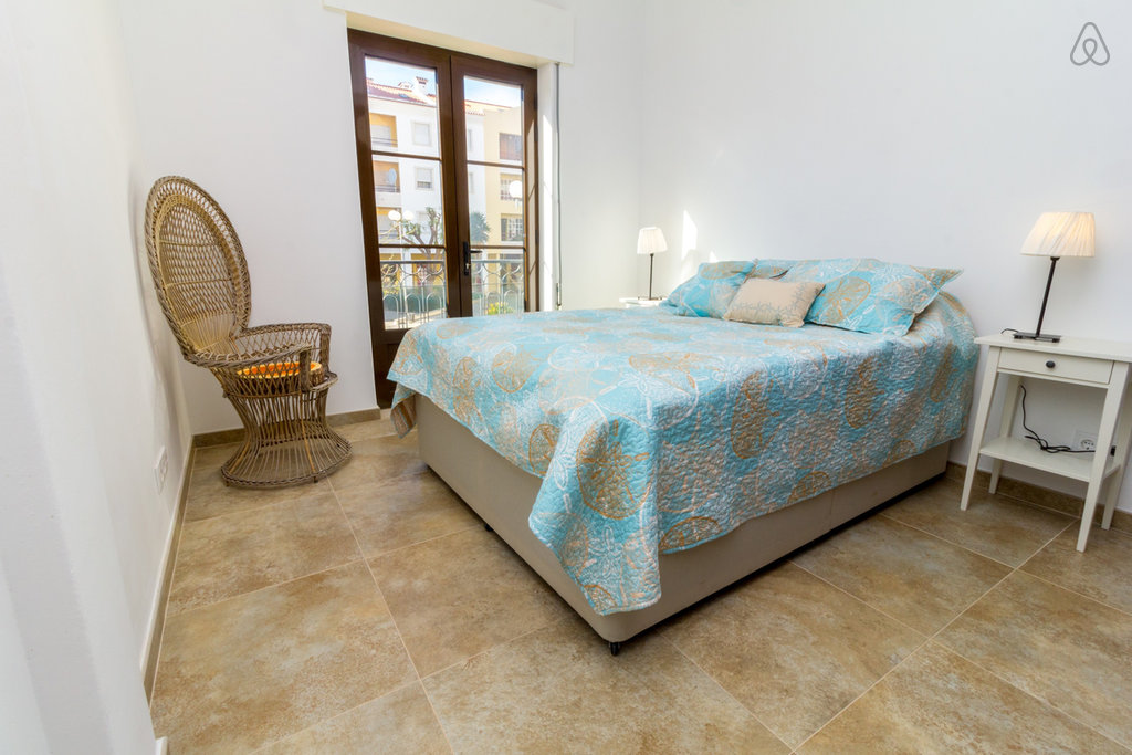 modern apartment in tavira for rent for sale