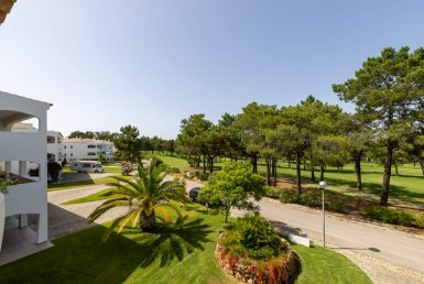 Spacious Modern apartment in golf resort to rent