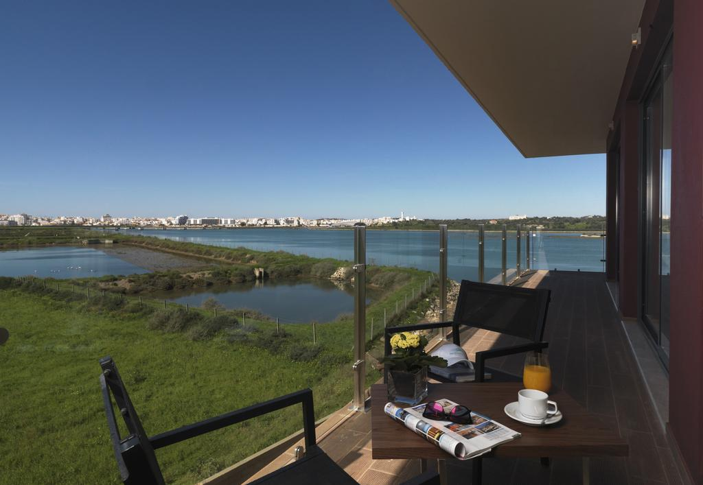 2-Bedroom Serviced river view apartment to rent