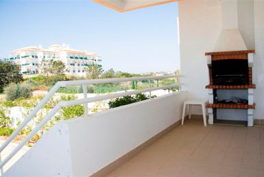 500 meters from the beach galé rent