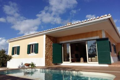Beautiful 3-bedrooms countryside villa to rent