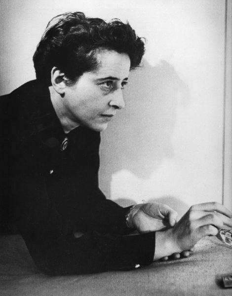 https://i1.wp.com/www.algosobre.com.br/images/stories/assuntos/biografias/Hannah_Arendt.jpg