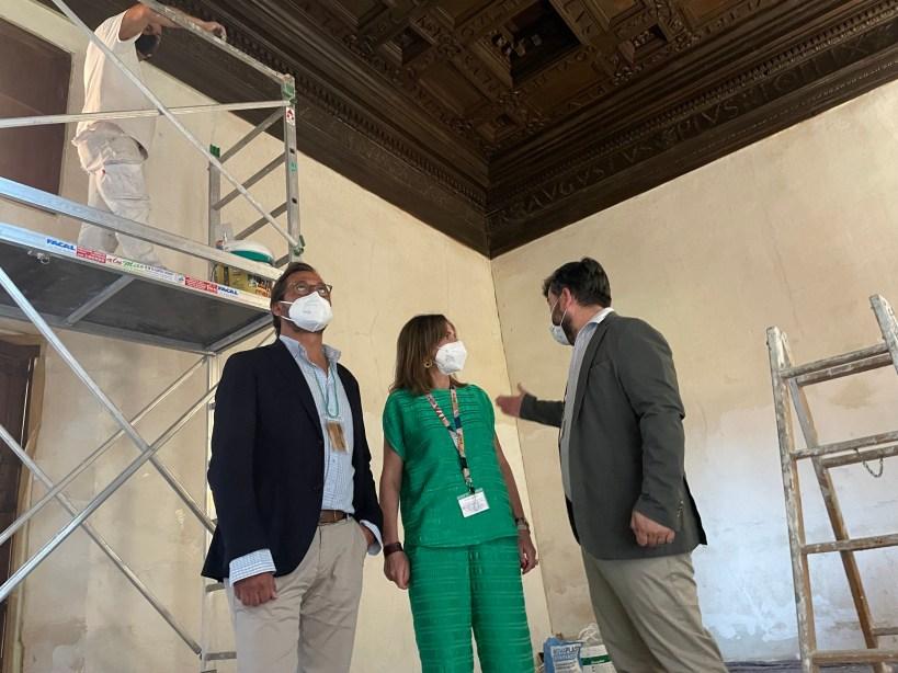 La Alhambra reacondiciona los estucos de las Habitaciones del Emperador