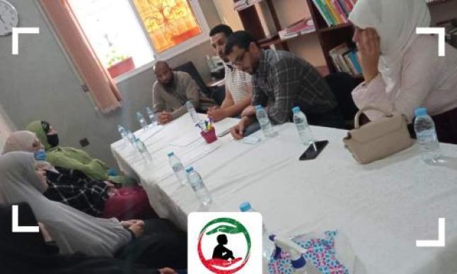 اجتماع لجنة المشاريع والعلاقات العامة مع مجموعة من الارامل حاملات المشاريع