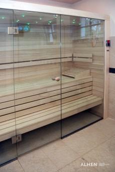 zabudowa-saun-szklem-006