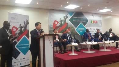 Photo of سليم الفريانييؤكد أهمية التعاون والشراكة بين الفاعلين الاقتصادين بتونس والسينغال