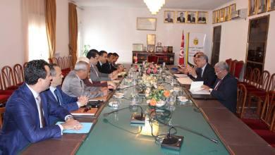 Photo of لقاء يجمع العدل بوزير التجارة لضمان النجاعة في نشاط أجهزة الرقابة الاقتصادية