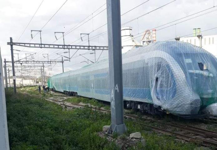 ما حقيقة خروج قطار جديد في طور التجربة عن مساره
