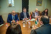 وزير السياحةيلتقي وفدا عن ممثلي وكالات أسفار وإعلاميين أردنيين