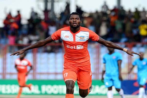 رسمياً/اللاعب الدولي النيجيري آليمي سيكيرو ينضم للملعب التونسي