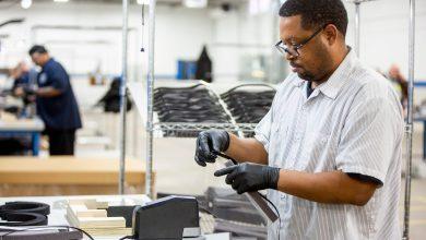 Photo of فورد تتعاون مع شركات رائدة لإنتاج الكمامات للعاملين في قطاع الرعاية الصحية وأجهزة التنفس الاصطناعي للمصابين بفيروس كورونا